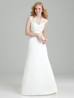 Shop Allure Bridals: Style: 2558