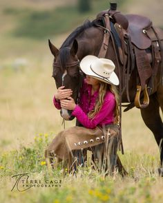www.terricage-photography.com  western, ranch horse, cowgirl, horse and human bond, wyoming, girl and horse