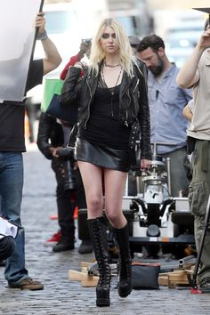 Taylor Momsens Upskirt Pictures Of The Day-pic4222