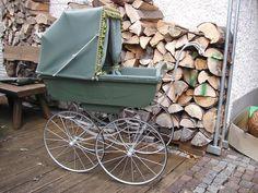 alter Kinderwagen aus Frankreich von 1910 TOP restauriert Sammlung Rarität        Old pram from France 1910