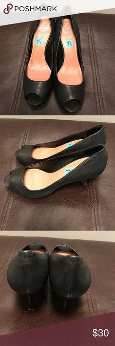 Vince Camuto Heels - EUC Vince Camuto Heels - EUC - Size 7.5 Vince Camuto Shoes