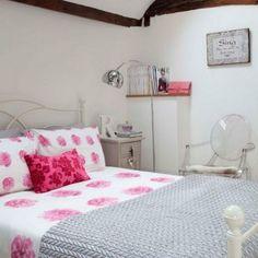Decoración romántica para dormitorios pequeños y no tan pequeños