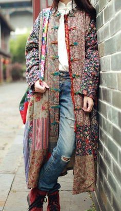Casual Patchwork Vintage Hippie Trench Coat - Buddha Trends Source by Mode Outfits, Fashion Outfits, Womens Fashion, Fashion Ideas, Ladies Fashion, Fashion Clothes, Mode Russe, Mode Hippie, Feminine Fashion