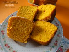 La Torta o Ciambella Camilla è una torta a base di carote, senza mandorle ma volendo si possono aggiungere. E' una torta colorata e soffice. Ricetta Bimby