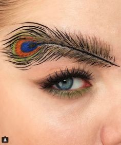 Feather Brows Is The Newest Make-Up Trend Nobody Expected Body Makeup, Eye Makeup Tips, Makeup Goals, Eyebrow Makeup, Makeup Inspo, Makeup Art, Makeup Inspiration, Eyebrow Trends, Feather Brows