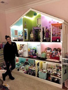 DIY Girls Bedroom Decor Ideas & Fun Projects Dollhouses American Do Girls Bedroom Ideas American Bedroom Decor DIY Dollhouse Dollhouses Fun Girls Ideas Projects American Doll House, American Girl Crafts, American Girl Storage, American Girls, American Girl Dollhouse, American Girl Bedrooms, American Girl Doll Room, American Girl Furniture, Ag Doll House