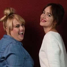 Rebel Wilson, Dakota Johnson are 'Single' together Dakota Johnson Hair, How To Be Single, Rebel Wilson, Comedy Series, Cheer You Up, Hollywood, Glamour, Actresses, Beauty Ideas
