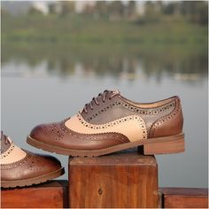 2015 Flats Oxfords Women's Brogues Shoes Genuine Leather Flat Cut-out British Wing Tip Freeshipping