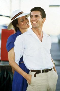 """Mel Gibson and Sigourney Weaver in """"The Year of Living Dangerously"""""""