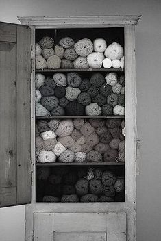 A closet full of yarns/.....IaM