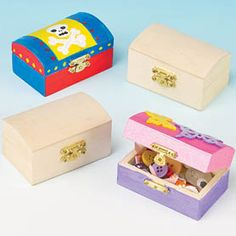 Little ones can decorate their own mini wooden chest then hide all their treasure inside! #kidscrafts