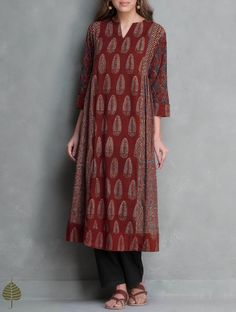Madder Ajrakh Printed Side Pleated Cotton Kurta by Jaypore Salwar Designs, Kurti Neck Designs, Kurta Designs Women, Kurti Designs Party Wear, Designer Salwar Kameez, Shift Dresses, Indian Attire, Indian Outfits, Vestidos Color Rojo