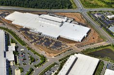 The newest data center completed by DuPont Fabros Technology in Ashburn, Virginia. At nearly 450,000 square feet, ACC7 is the largest data center in the company's portfolio. (Photo: DFT)