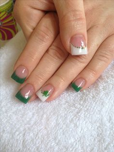 I'm not fond of nails done this square, but I love the simplicity of this polish design.