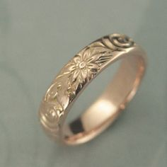 Rose Gold Wedding Band-Floral Wedding Ring-Women s Wedding Ring-Rose Gold Band-Rose Gold Ring-Antique Style Ring-Vintage Style Band Wedding Rings For Women, Wedding Bands, Gold Wedding, Floral Wedding, Diamond Cluster Engagement Ring, Gold Engagement Rings, Solitaire Engagement, Antique Rings, Vintage Rings