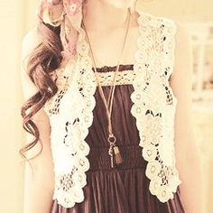 Lace Crochet Non-stretchable Measurements: Length:40 cm Bust:80-84 cm Waist:70 cm Shoulder:35 cm.