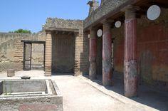 Casa del bajorelieve de Telefo. Yacimiento de Herculano. Italia