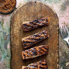 Apricot-Chile Glazed Salmon Recipe - http://recipes.millionhearts.hhs.gov/recipes/apricot-chile-glazed-salmon