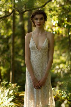 Stunning Backless Lace Wedding Dress