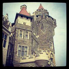 Casa Loma, Toronto's castle. #casaloma #toronto #canada Toronto Canada, Time Travel, Ontario, Places To Visit, Castle, Times, Vacation, Mansions, House Styles