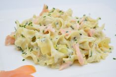 Easy Pasta Recipes, My Recipes, Cooking Recipes, Healthy Recipes, Pasta With Herbs, Oven Dishes, Spinach Pasta, Creamy Pasta, Salmon Recipes