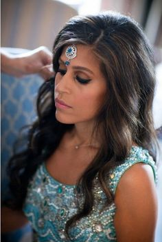 SANGEET The Side Parted Long Wavy Ombre Hair with a Diamond Accessory for Bridal Hairstyle Ideas