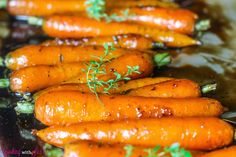 Balsamic Glazed Carrots - instead of balsamic, could use red wine vinegar to pair with the Roasted Cornish Game Hens for Christmas dinner. Side Recipes, Veggie Recipes, New Recipes, Holiday Recipes, Cooking Recipes, Healthy Recipes, Carrot Recipes, Amazing Recipes, Healthy Foods