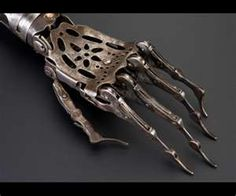 """lovearchmag: """" Victorian prosthetic arm looks exactly like a steampunk robot (Science Museum via BBC) """" Artificial Hand, La Danse Macabre, Illustration Inspiration, Kubo And The Two Strings, Mode Steampunk, Steampunk Mechanic, Steampunk Fashion, Arte Robot, Science Museum"""
