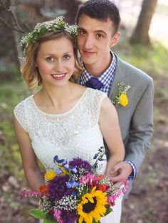 Short wedding hairstyle with a flower crown