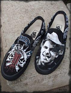 Hank III painted Vans 2 by Vikrapuff Outlaw Country, Country Music, Hank Williams Sr, Painted Vans, Psychobilly, Alternative Fashion, Punk Rock, Cover Art, Rockabilly