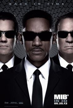 MEN IN BLACK 3 - Official Trailer - In Theaters  After breaking out of a moon-based maximum security prison, Boris the Animal decides to go back in time and eliminate the person who arrested him - Agent K. When he does so, Agent J realizes that the time line has been changed and he too travels back to July 15, 1969, the day before Agent K is killed. After overcoming some disbelief, J manages to convince K and others of just who he is and why he s there.