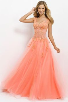 Noble Straps V Neck Princess Floor Length Tulle Prom Dress With Applique And Rhinestone