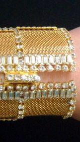 William De Lillo - Bracelet Manchette - Cotte de Maille Doré et Strass - Années 70 (4)