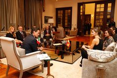 """Su Majestad la Reina Letizia y el Presidente de los Estados Unidos Mexicanos, Enrique Peña Nieto, junto a las delegaciones española y mexicana. Residencia Oficial """"Los Pinos"""". Ciudad de México, 13.11.2017"""