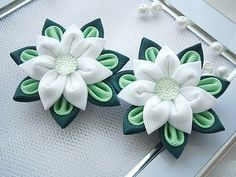 Handmade Kanzashi ladies girls hair clips - buy in UK, shipping worldwide MARIASFLOWERPOWER