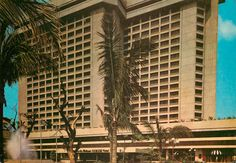 Ramada Hotel. Manila. Circa 1980 Manila, Hotels And Resorts, Old Photos, Philippines, Skyscraper, Multi Story Building, City, Colors, Old Pictures