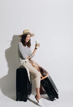 5 Tips for the Perfect Airport Look - The Chriselle Factor Airport Look, Airport Style, Travel Chic, Travel Style, Airport Travel Outfits, Get Dressed, What To Wear, Cool Style, Fashion Dresses