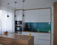 Aranżacje wnętrz - Kuchnia: Mieszkanie w Iławie - Średnia otwarta kuchnia w kształcie litery l w aneksie z wyspą, styl nowoczesny - Studio Projekt. Przeglądaj, dodawaj i zapisuj najlepsze zdjęcia, pomysły i inspiracje designerskie. W bazie mamy już prawie milion fotografii!
