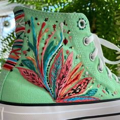 Modern Embroidery, Diy Embroidery, Embroidery Designs, Cute Shoes, Me Too Shoes, Embroidery Sneakers, Shoe Art, Painted Shoes, Diy Clothes