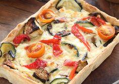 Quiche verduras asadas Quiches, Healthy Snacks, Healthy Recipes, Delicious Recipes, Empanadas, Vegetarian Cooking, Vegetable Pizza, Food To Make, Brunch