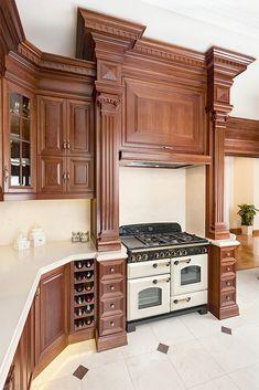 Elegant Kitchens, Luxury Kitchens, Kitchen Cupboard Designs, Kitchen Design, Wooden Kitchen, Rustic Kitchen, Home Decor Kitchen, Kitchen Interior, Classic Kitchen Cabinets