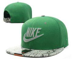 a396c2635b3 Кепка Snapback Nike с прямым козырьком
