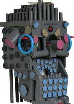 """""""2 Erre"""" legno dipinto, sensore a raggi infrarossi e materiali vari cm 142x30x50, 2006 (part.)"""