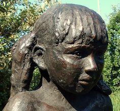 Desirée Wijgman Portret Merel, brons