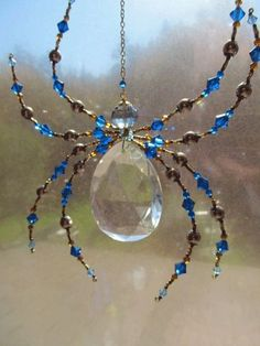 Beaded Vintage Crystal Spider - Impressive Spider Sculpture -Capris Blue Dark harbor Sun Catcher by Spidertown on Etsy - The Crafting Room Wire Crafts, Bead Crafts, Jewelry Crafts, Arts And Crafts, Wire Jewelry, Beaded Jewelry, Jewelery, Carillons Diy, Sell Diy