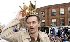 June 2013 - THE King of the King's Road is back at Chelsea - but will he bring the camel trenchcoat with him? Chelsea Football, Chelsea Fc, Football Is Life, Football Soccer, Chelsea Champions, The Special One, Stamford Bridge, Fulham, Vancouver Island