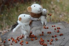 LIttle Family Mice by feltingdreams on Etsy, $180.00