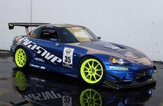WedsSport TC105N in Flourescent Yellow | Evasive Motor Blog