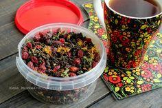 Монастырский чай - это по сути полезный и вкусный напиток из трав, растущих вокруг монастыря. Один из самых известных составов: плоды шиповника, трава зверобоя, корень девясила, трава душицы и заварка. В качестве заварки лучше всего использовать иван-чай покупной или заготовленный самостоятельно… Acai Bowl, Drinks, Breakfast, Food, Kitchen, Baking Center, Beverages, Cooking, Kitchens