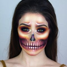 Pin by Amy Kuriakose on Makeup in 2019 Creepy Makeup, Horror Makeup, Skull Makeup, Fx Makeup, Halloween Skull, Halloween Make Up, Halloween Ideas, Halloween Makeup Looks, Halloween Eyeshadow